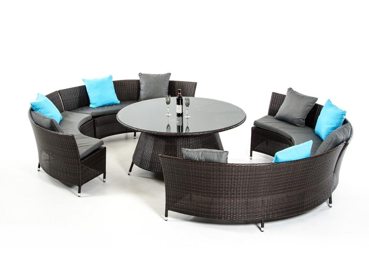 Комплект плетеной из ротанга мебели